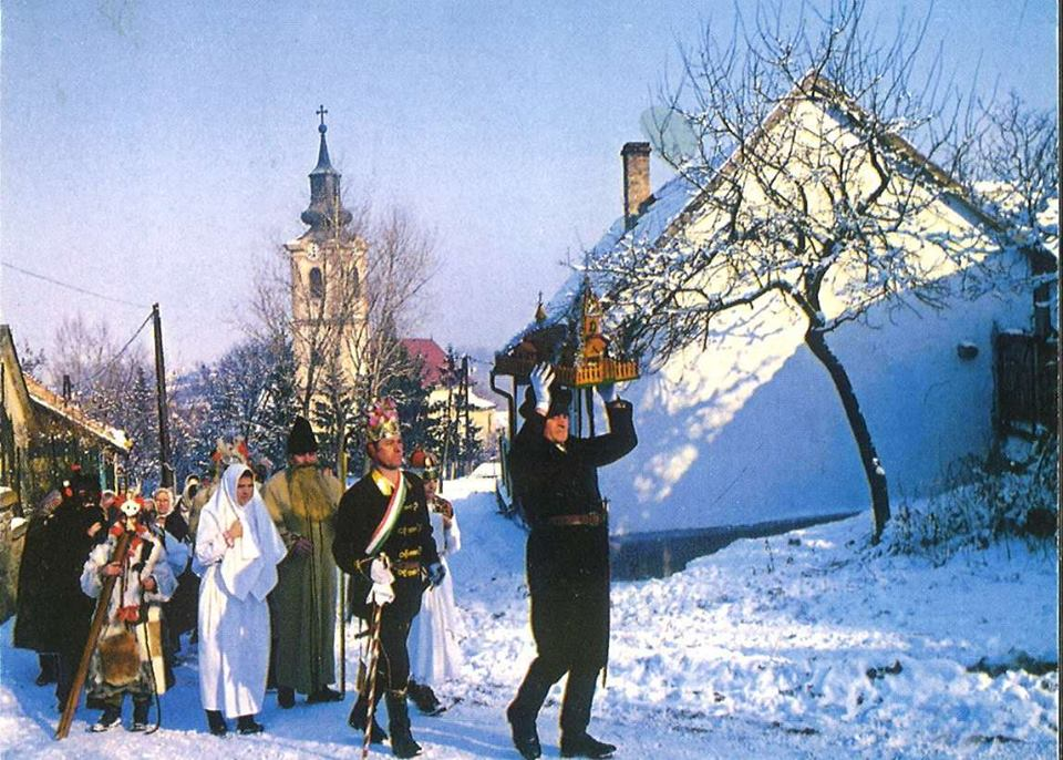 'Betlehemezés' – the Hungarian Christmas Nativity Play