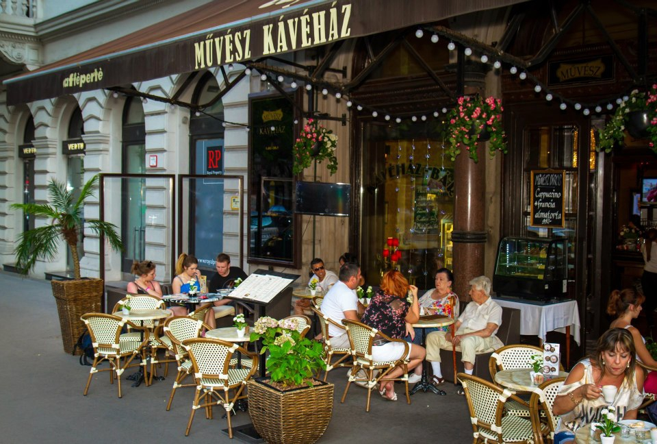 'After the war let's meet at New York!'  – The legendary coffeehouses of Budapest