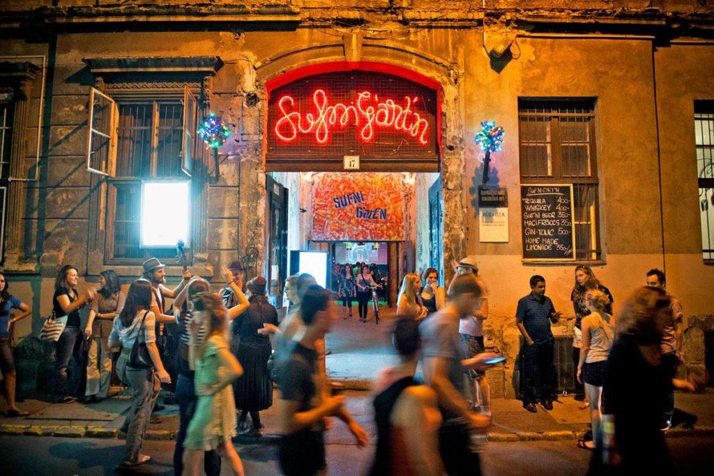 Budapest's ruinpub revolution