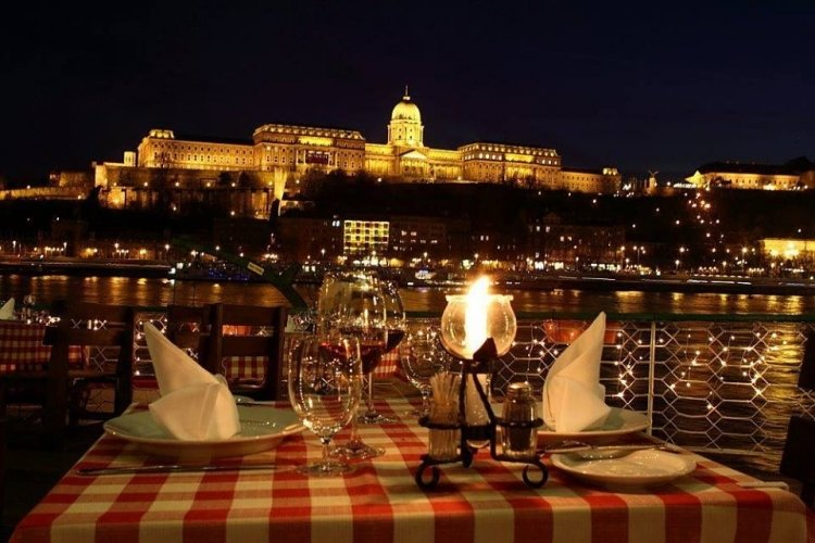 Eat Hungarian – the best restaurants of Budapest