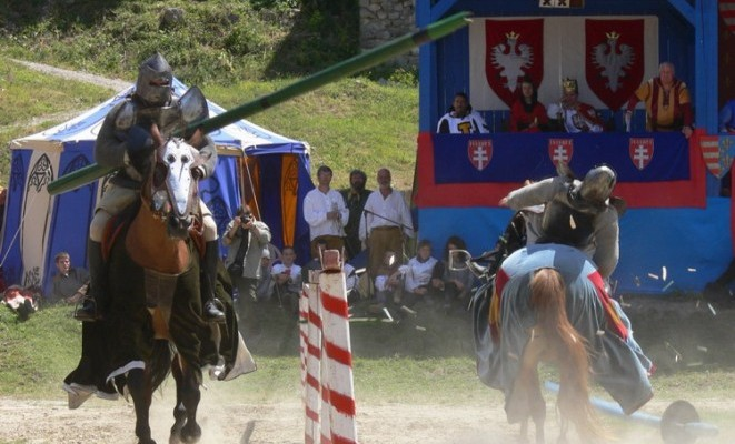 Hungarian Chivalry, knight's life in Anjou Charles Robert's court in the 14th century