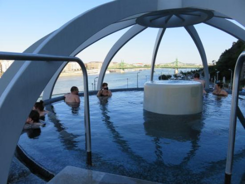 On the top of Budapest – Rudas bath's new wellness section